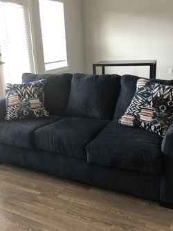 Furniture - 3 mo Old Queen Sleeper Soda 2 Dec Pillows - TV Stand - Dresser - Table 4/chairs - Qb bed for Sale in Katy,  TX