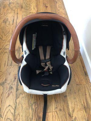 Maxi Cosi x Rachel Zoe car seat and 2 base bundle for Sale in Meridian, ID