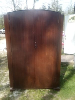 Old antique armoire for Sale in Travelers Rest, SC
