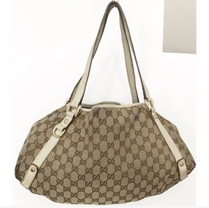 Authentic Gucci GG Monogram Canvas Abbey Shoulder Bag for Sale in West Covina, CA