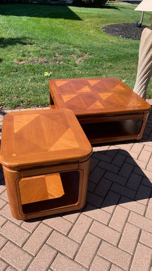Wood square coffee table and end table for Sale in Powell, OH