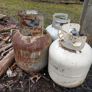 Free Empty Propane tanks use for trade in. for Sale in Penfield, NY