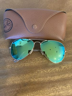 Authentic Sunglasses ray ban green mirror for Sale in Temecula, CA