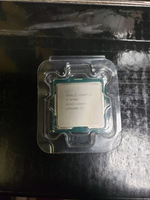 i7 9700k 4.9ghz 8core for Sale in Los Angeles, CA
