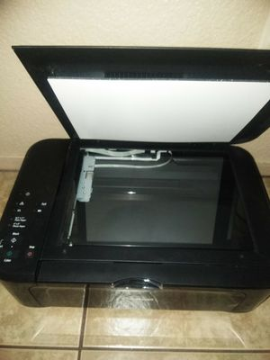 Printer really good just need the cable for Sale in Reedley, CA