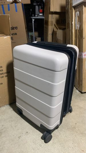 Small Traveling Luggage for Sale in Rancho Cucamonga, CA