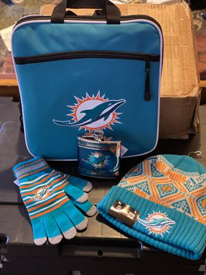 Miami Dolphins gloves beanie whiskey flask duffle bag for Sale in Memphis, TN