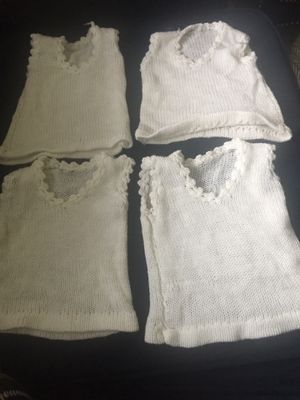4 sweater vest baby size 0-6 months white color for Sale in East Brunswick, NJ