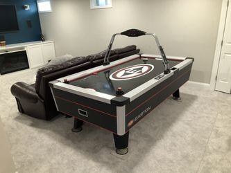 Easton air hockey table for Sale in Portsmouth,  RI