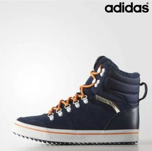 Adidas Originals Honey Hill Women's Winter Boots for Sale in Cudahy, CA