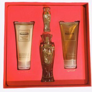 Victoria's Secret Heavenly Fragrance Set for Sale in Plant City, FL