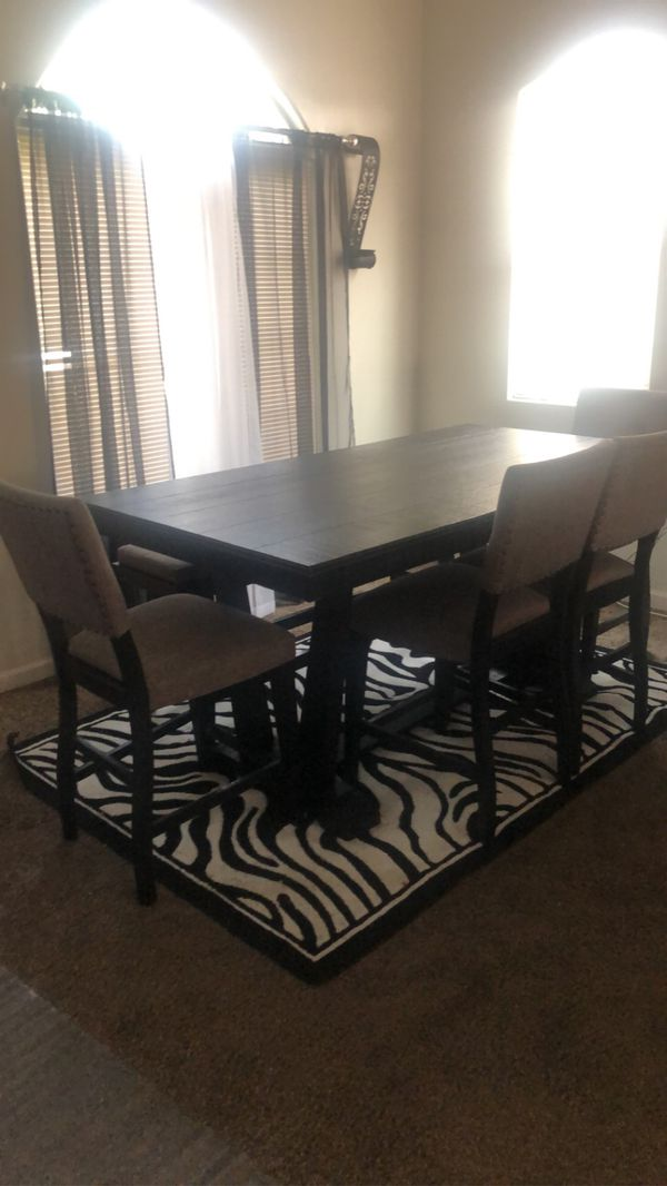 Like New Kitchen Table