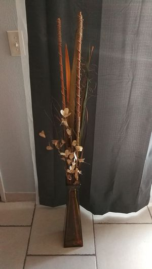 Cool Plant with Vase for Sale in Garden Grove, CA