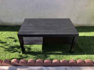 Coffee table for Sale in Tustin, CA
