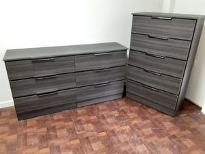 NEW GRAY DRESSER AND CHEST for Sale in Pompano Beach, FL
