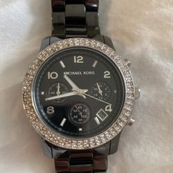Michael Kors Ceramic Wristwatch for Sale in Woodinville,  WA
