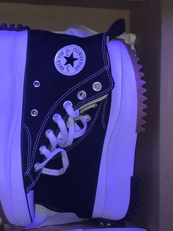 Converse Size 5 W for Sale in Raleigh,  NC