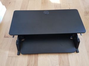 iMovR Ziplift desk with brand new monitor arm! for Sale in Seattle, WA