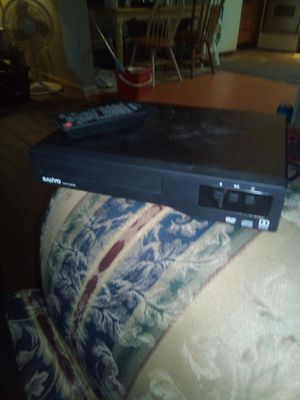 Sanyo DVD with remote for Sale in Columbus, OH