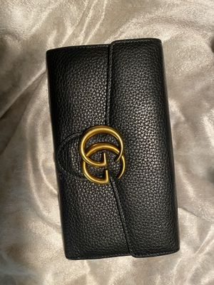 Gucci women's wallet for Sale in Tampa, FL