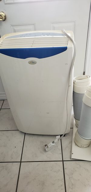 Royal Sovereign portable air conditioner for Sale in San Diego, CA
