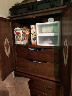 King size dressers for Sale in Clyde, TX