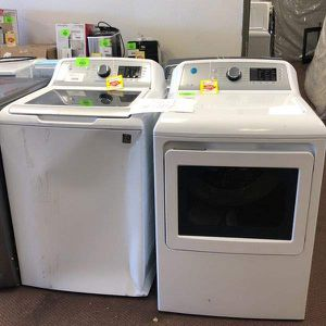 Washer And Dryer Set 7J7EI for Sale in Houston, TX