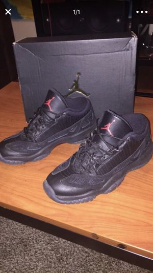 Jordan 11 size 6.5 OBO. for Sale in Cleveland, OH