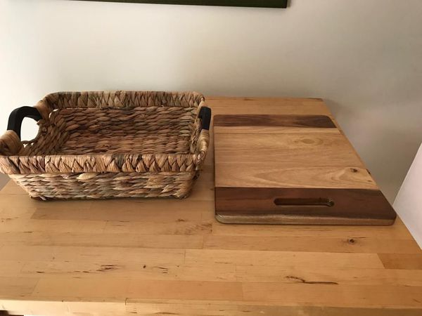 Wood cutting board and Decorative Straw Basket