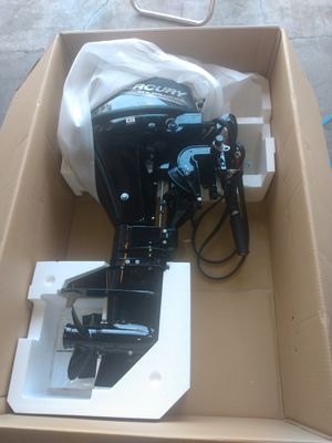 2020 9.9 horsepower electric start Mercury boat motor!!! for Sale in Houston, TX