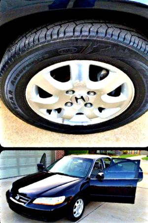 2002 ACCORD ONLY $500 LOW MILES 96K CLEAN TITLE!! for Sale in Lynchburg, VA