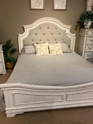 ☆Brand New Chipped White Upholstered Panel Bedroom Set》Queen, Twin, Full, King》Bed Frame, Dresser, Mirror, Night stand included🗨SAME DAY DELIVERY for Sale in Houston, TX