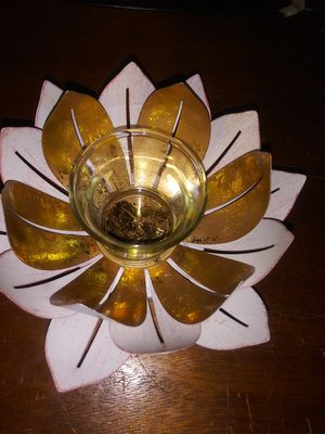 Partylite Metal Lotus Candle Holder for Sale in Pompano Beach, FL
