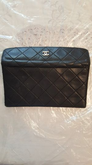 Vintage chanel wallet for Sale in Brooklyn, NY