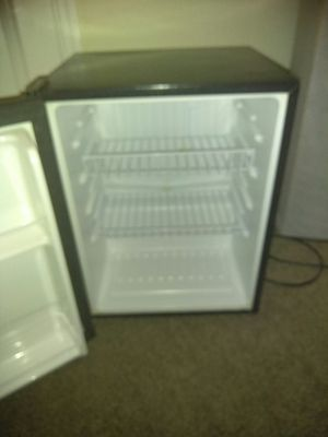 Office mini Refrigerator for Sale in Sanford, FL