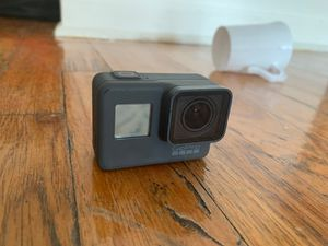GoPro- Hero 5 Black for Sale in Brooklyn, NY