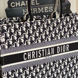 XL Dior Bag for Sale in San Antonio, TX