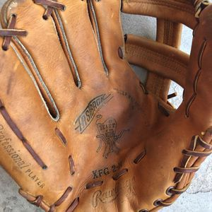 Vintage Rawlings Glove for Sale in Tampa, FL