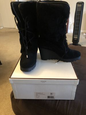 Women's Coach Fur Boots Size: 7 for Sale in Silver Spring, MD