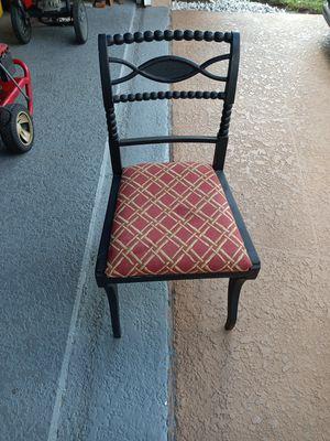 Cute antique chair for Sale in Boynton Beach, FL