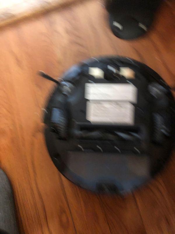 Deebot Vacuum