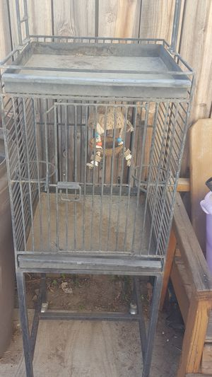 Bird cage on wheels asking $20 for Sale in San Jacinto, CA