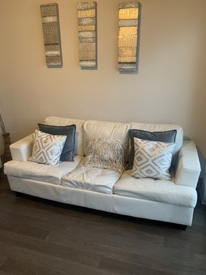 White leather sofa bed couch for Sale in Atlanta, GA