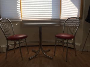 Kitchen table and chairs for Sale in Westbury, NY