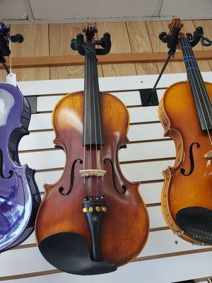 Mending violin MV500 w/case & bow for Sale in Austin, TX