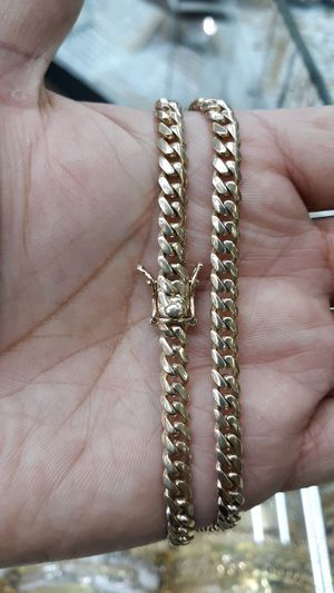 14k gold Cuban link hand made chain 24 inch 57.7 grams solid 6mm for Sale in Los Angeles, CA