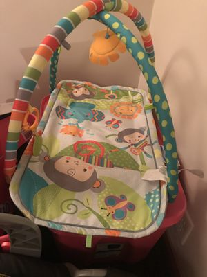 Car seat Johnny jumper and toys for Sale in Fort Wayne, IN