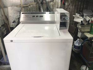 Vertex Appliances. Used,coin operated Whirlpool washer, white color,heavy duty, super capacity plus, great condition for Sale in San Jose, CA