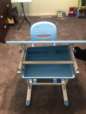 Kids adjustable art table for Sale in Evesham Township, NJ