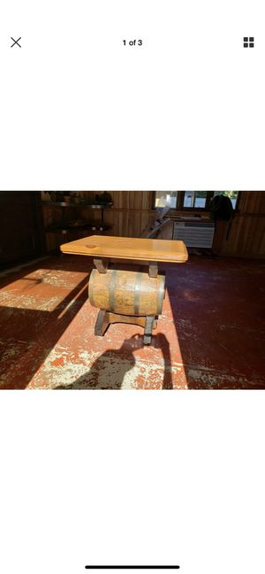 vintage barrel table for Sale in Parma, OH